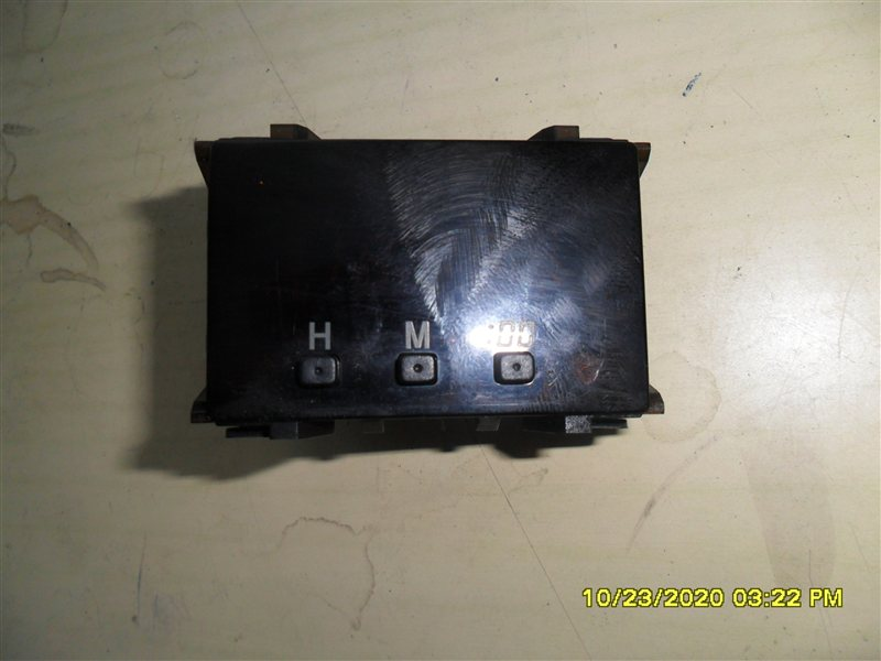 Часы Toyota Hilux Surf KZN185W 1KZ-TE 1997 (б/у)