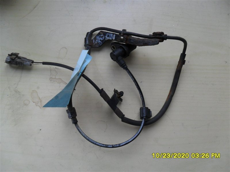 Датчик abs Toyota Hilux Surf KZN185W 1KZ-TE 1997 передний левый (б/у)