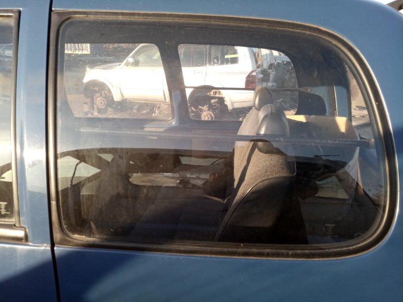 Стекло собачника Nissan Serena VVJC23 CD20 левое (б/у)
