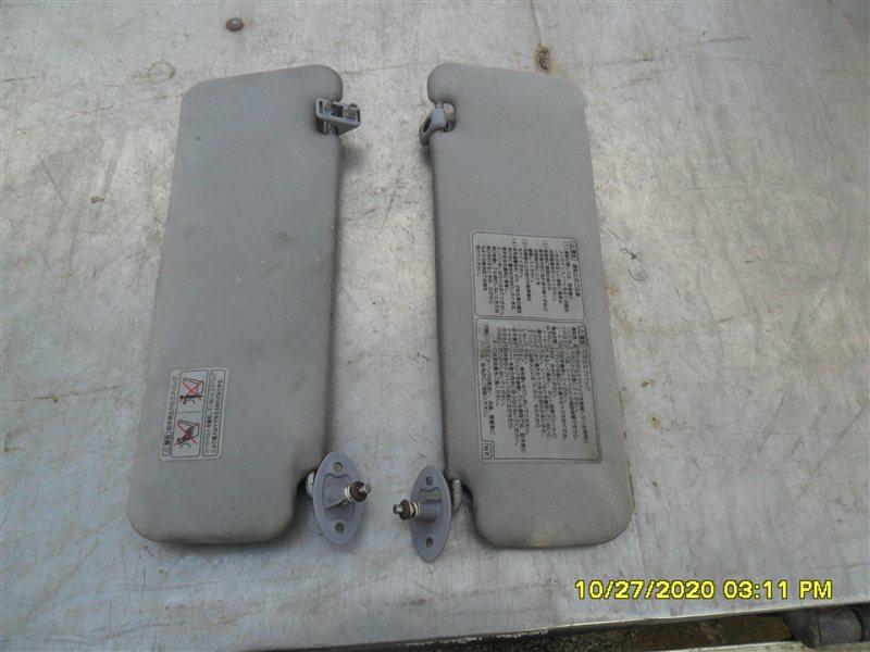 Козырек солнцезащитный Toyota Hilux Surf KZN185W 1KZ-TE 1997 (б/у)