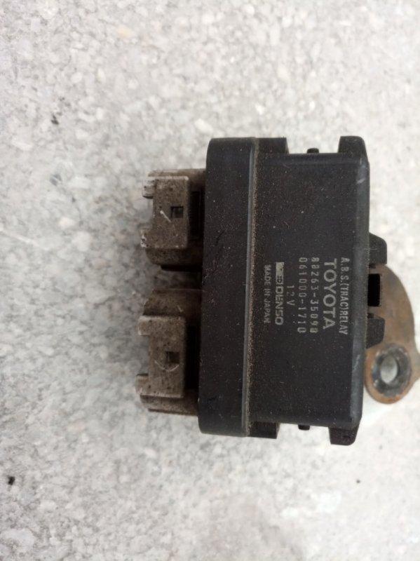 Реле abs Toyota Hilux Surf KZN185W 1KZ-TE 1997 (б/у)