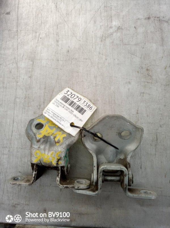 Петля двери Toyota Hilux Surf KZN185W 1KZ-TE 1997 передняя правая (б/у)