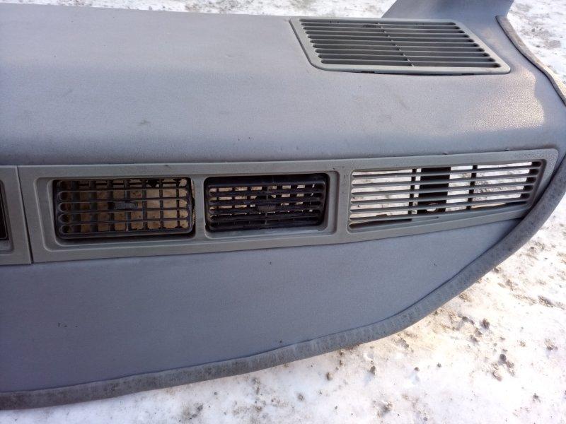Консоль потолочного кондиционера Toyota Hiace LH186 (б/у)