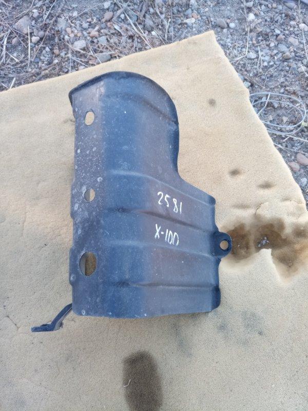 Защита горловины топливного бака Toyota Hiace KZH 100 1KZ (б/у)