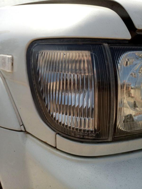 Габарит Nissan Terrano Regulus JRR50-011437 QD32 ETI 1997 передний правый (б/у)