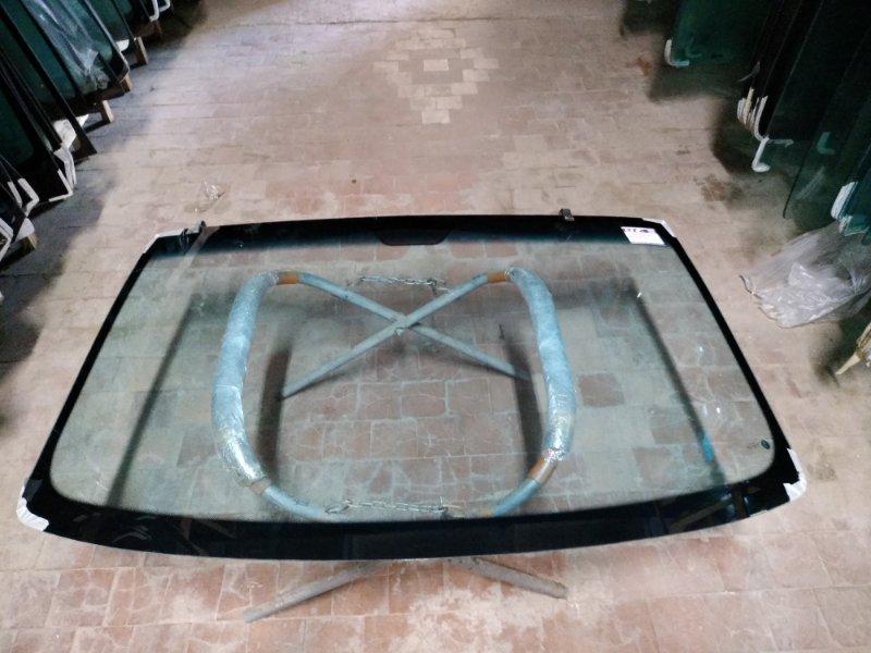 Стекло лобовое Mercedes Vito W638 1996