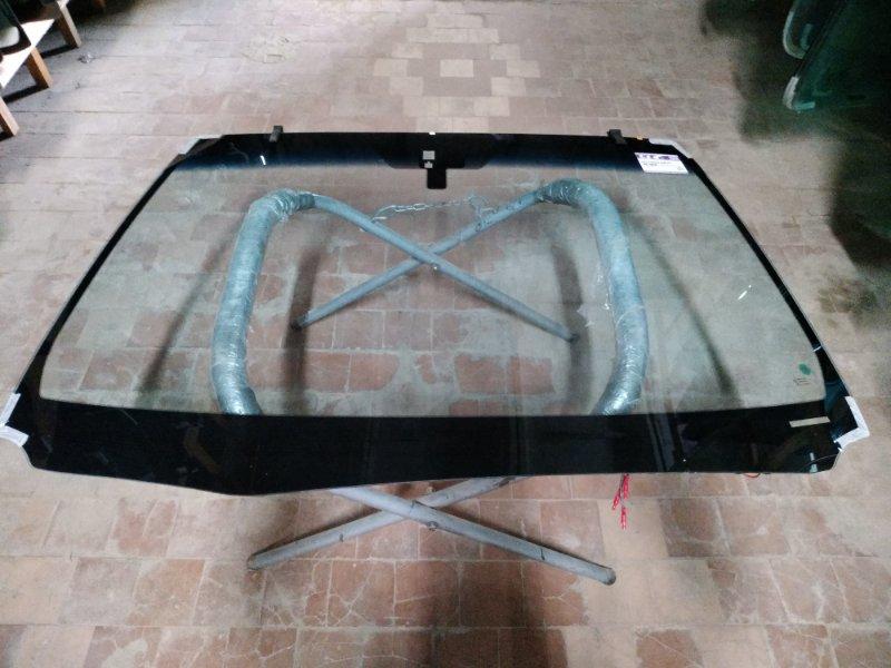 Стекло лобовое Lexus Gs250 2012
