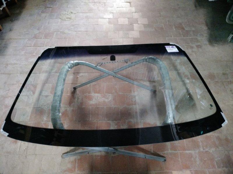 Стекло лобовое Subaru Forester SG5 2002