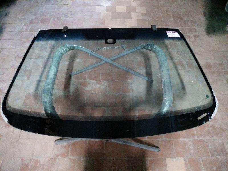 Стекло лобовое Skoda Superb 2008