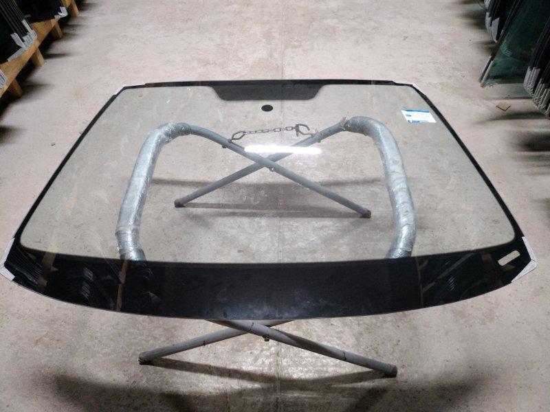 Стекло лобовое Skoda Octavia 2004
