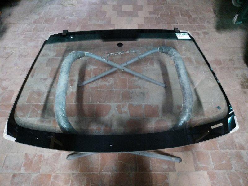 Стекло лобовое Seat Ibiza 2008