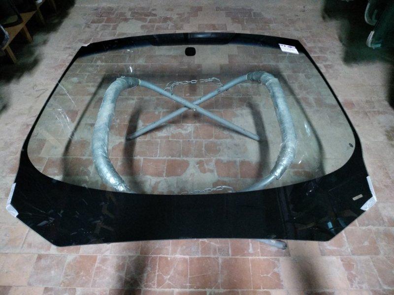 Стекло лобовое Renault Megan 2009