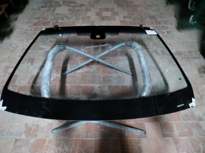 Стекло лобовое Renault Megane 2002