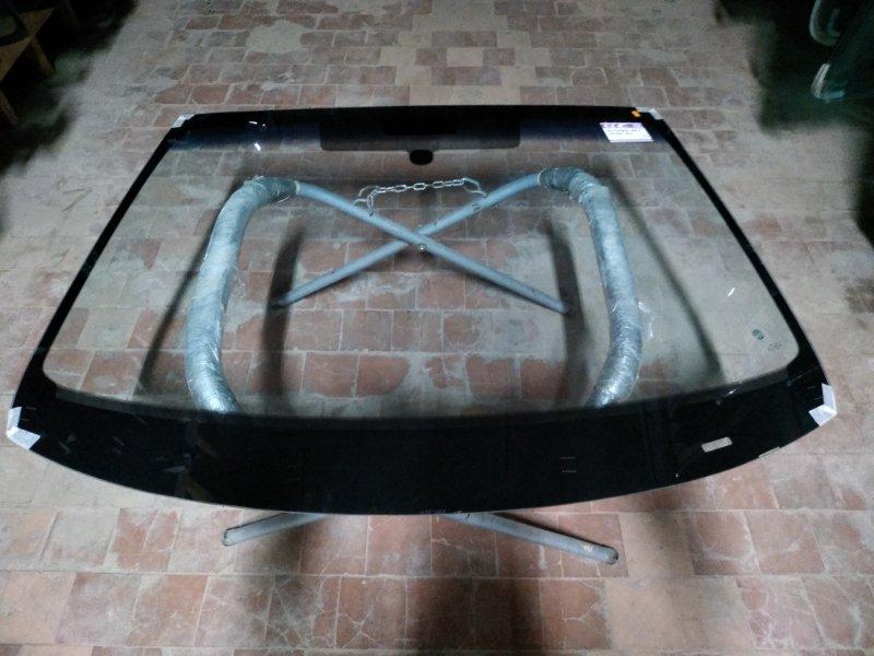Стекло лобовое Peugeot 308 2013