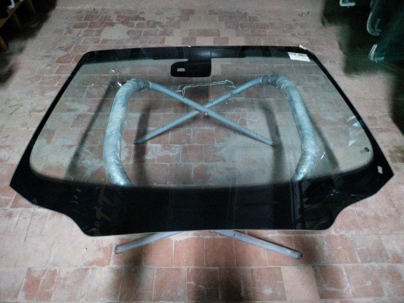 Стекло лобовое Peugeot 508 2010