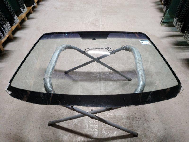 Стекло лобовое Mazda Axcela 2003