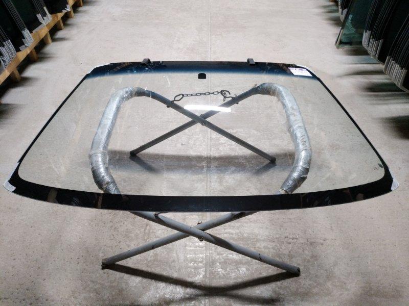 Стекло лобовое Mazda 323 1998