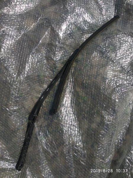 Поводок стеклоочистителя Bmw 5 Series E61 E60 M54 2003 задний (б/у)