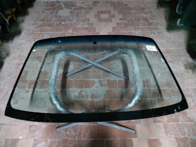 Стекло лобовое Mazda Bongo Friendee 1995
