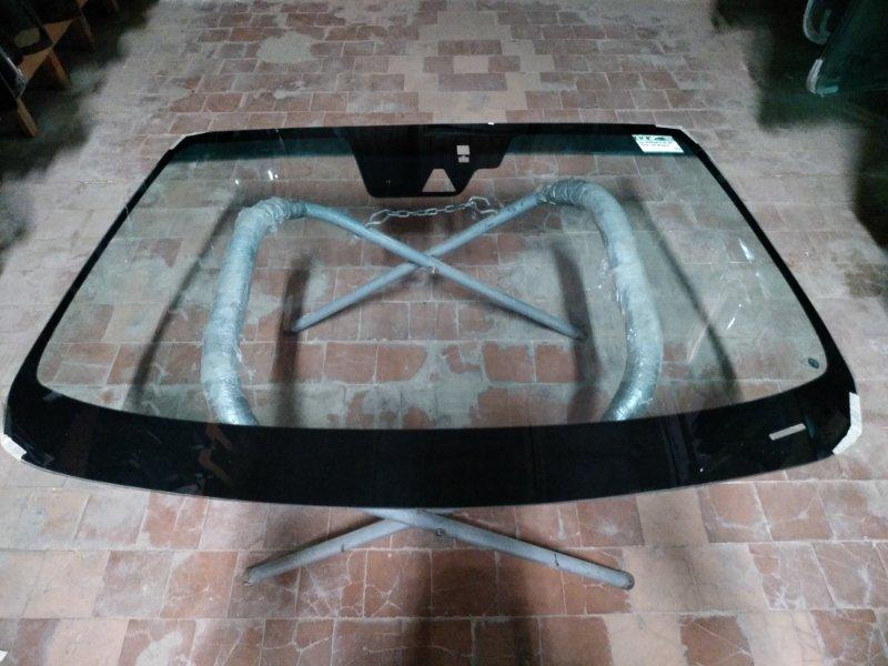 Стекло лобовое Mazda 6 2012