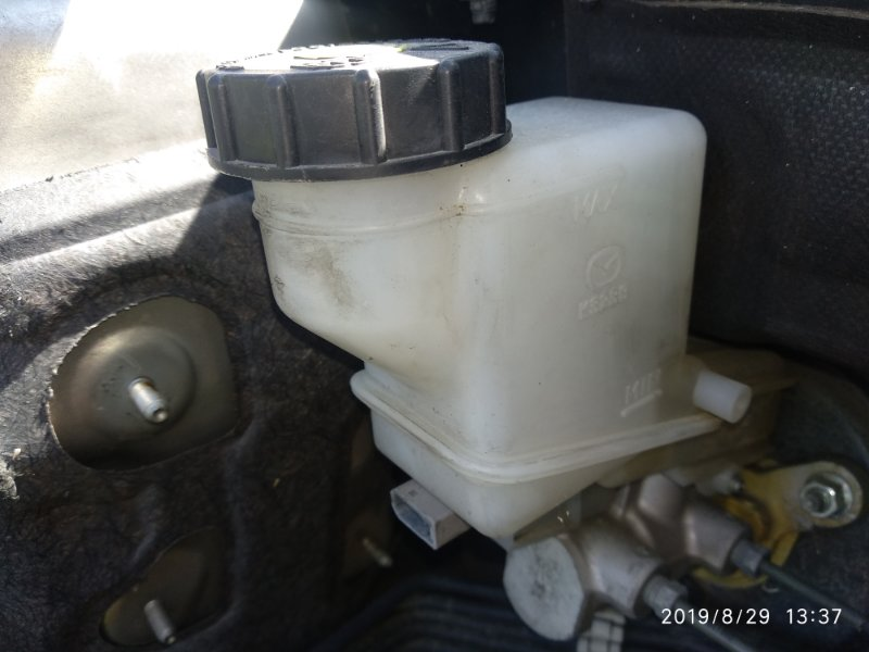 Бачок для тормозной жидкости Mazda 6 (Atenza) Ii GH LF 2007 (б/у)