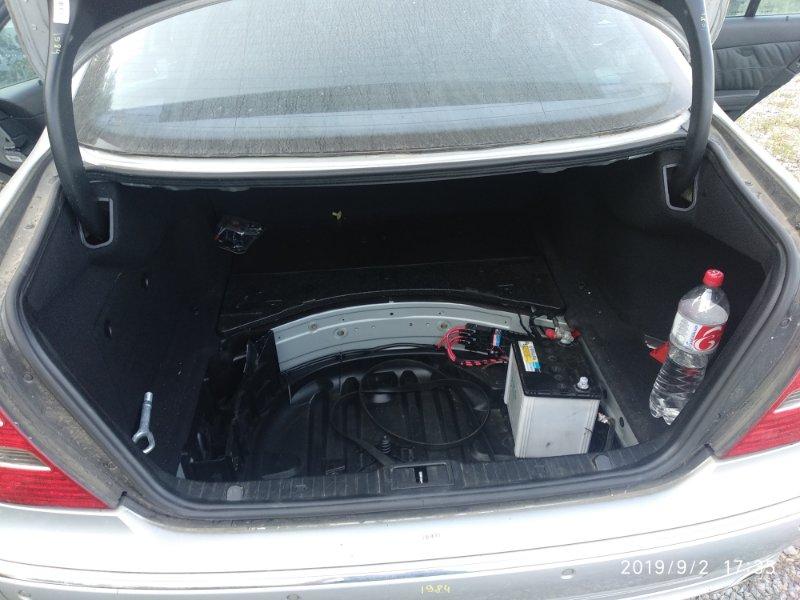 Уплотнительная резинка багажника Mercedes Benz E 350 W211 272964 2005 (б/у)