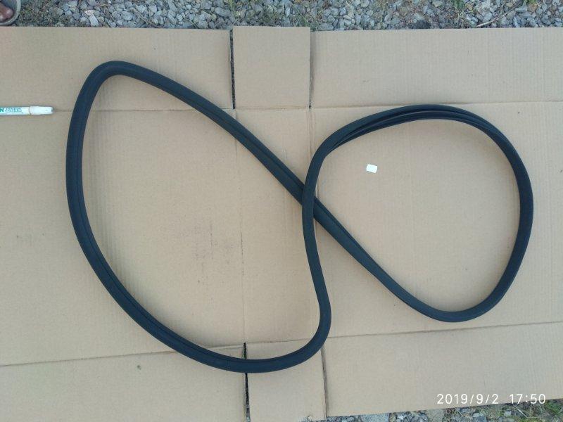 Уплотнительная резинка дверного проёма Mercedes Benz E 350 W211 272964 2005 задняя левая (б/у)