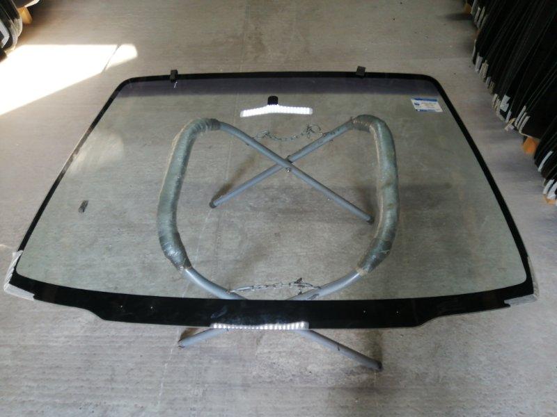 Стекло лобовое Mazda Mpv 2000