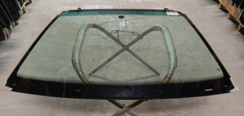 Стекло лобовое Chrysler C3 2010