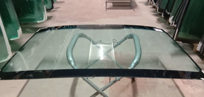 Стекло лобовое Mercedes Sprinter 2006