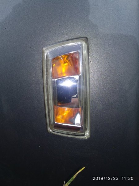 Поворотник в крыле Chevrolet Cobalt передний левый (б/у)