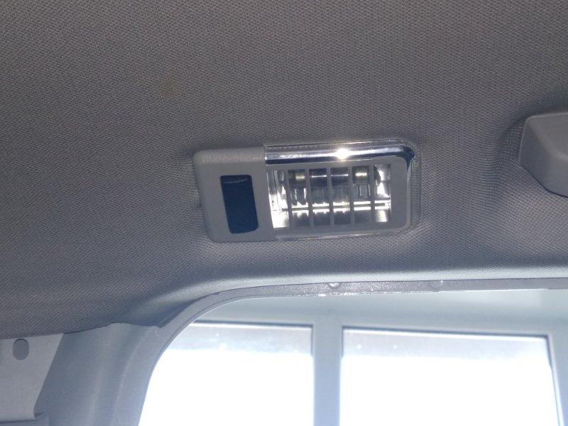 Плафон салонного освещения Bmw X3 2.5Si E83 N52B25A 2003 задний левый верхний (б/у)