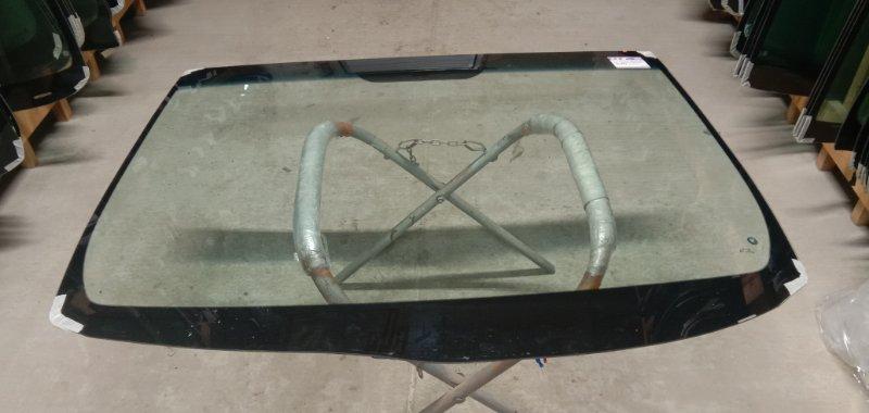 Стекло лобовое Toyota Alphard 2002
