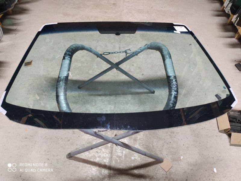 Стекло лобовое Mazda Axela BK 2003