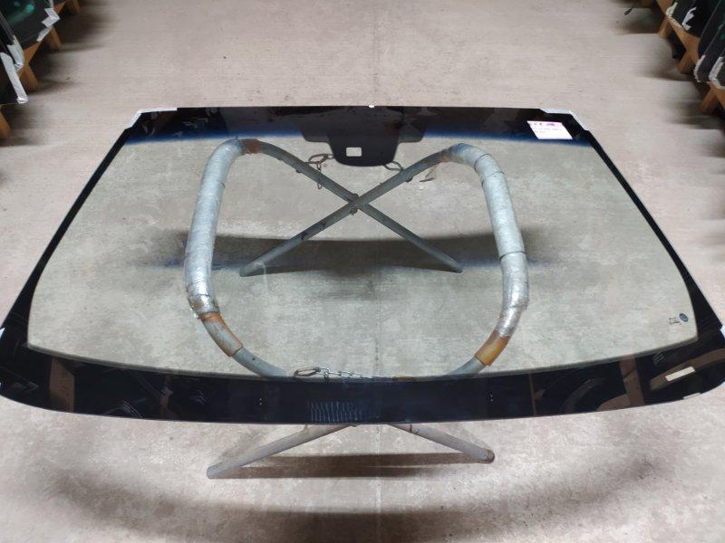 """Стекло лобовое Chrysler """"300"""" С Ii 2011"""