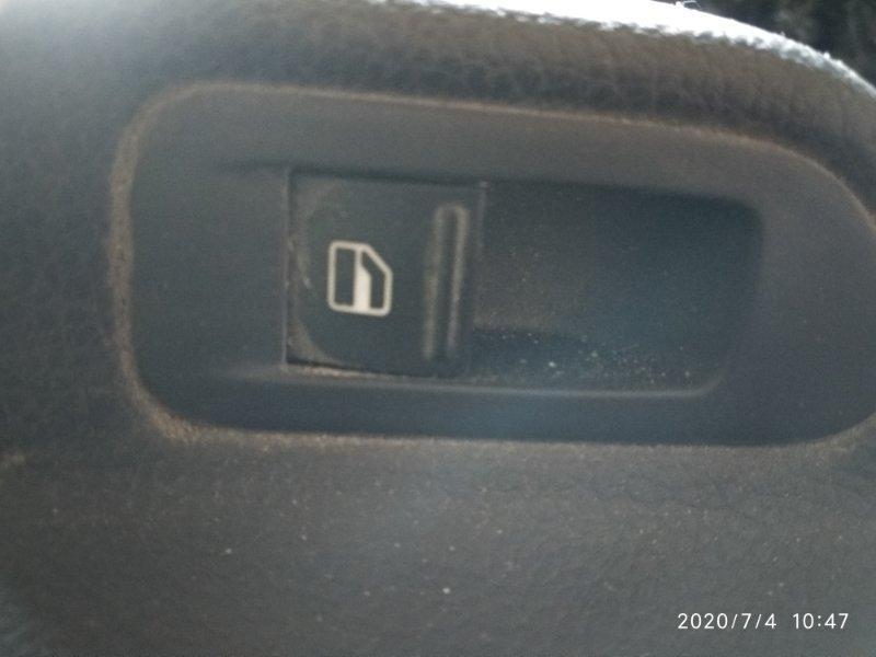 Кнопка стеклоподъемника Volkswagen Golf VI CAXA 2008 задняя правая (б/у)