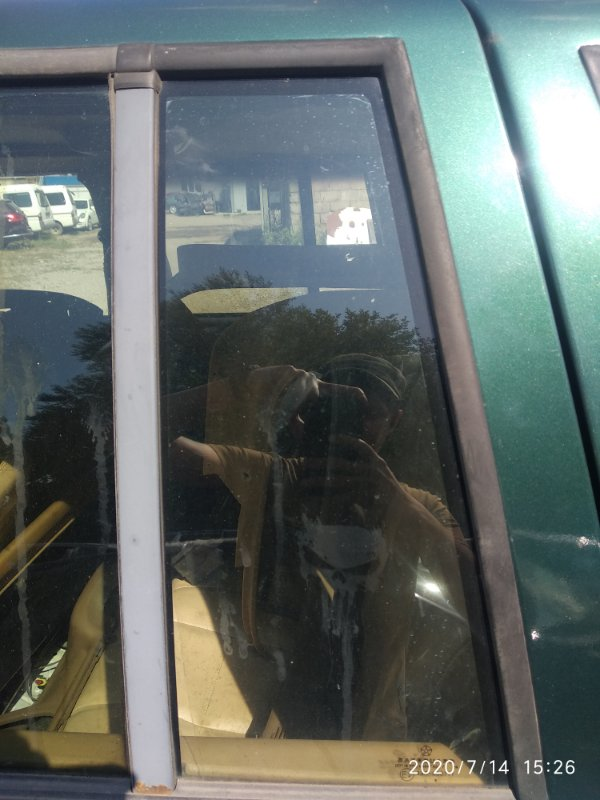 Форточка двери Jeep Zg Grand Cherokee (Steyr) ZJ MAGNUM 318 1998 задняя левая (б/у)