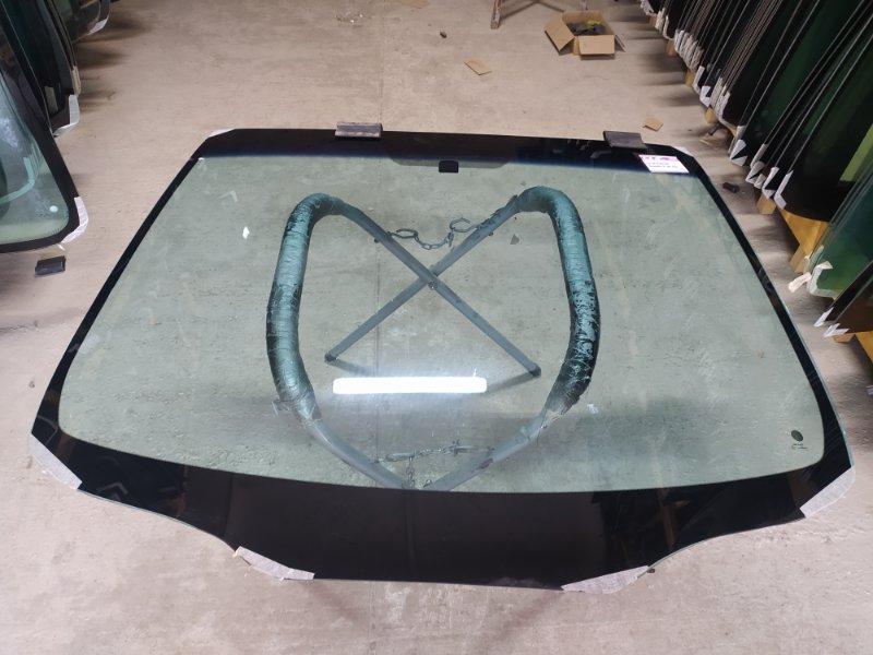 Стекло лобовое Mitsubishi Grandis I 2003