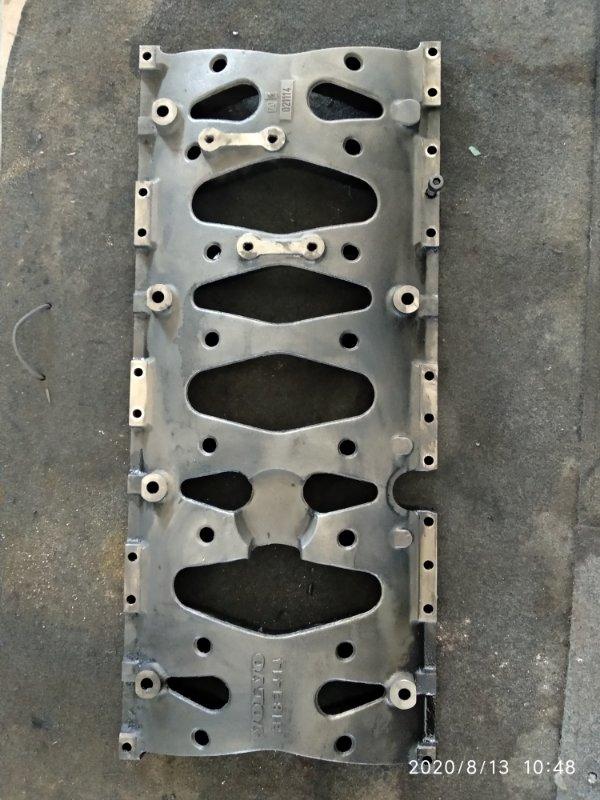 Плита двигателя Volvo Fh12 FH D12A 2002 (б/у)