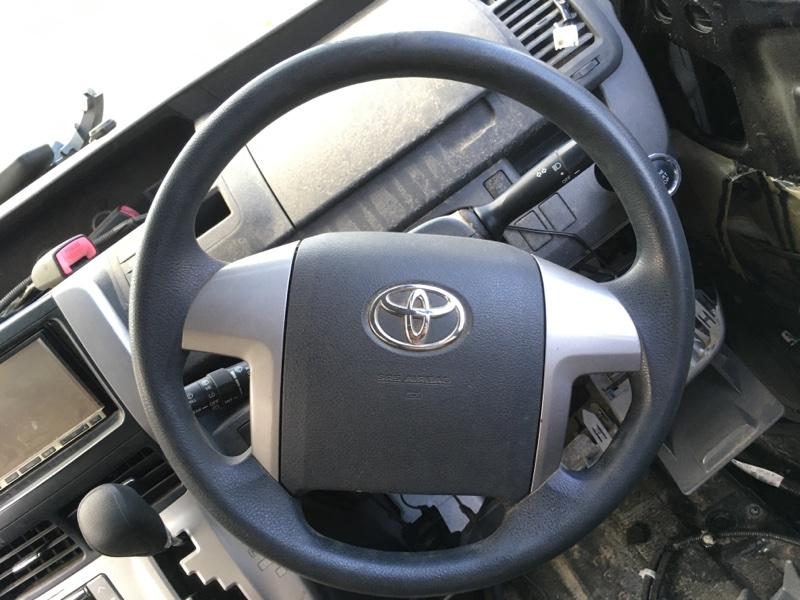 Руль Toyota Noah ZRR70G 3ZR FE 2007 (б/у)