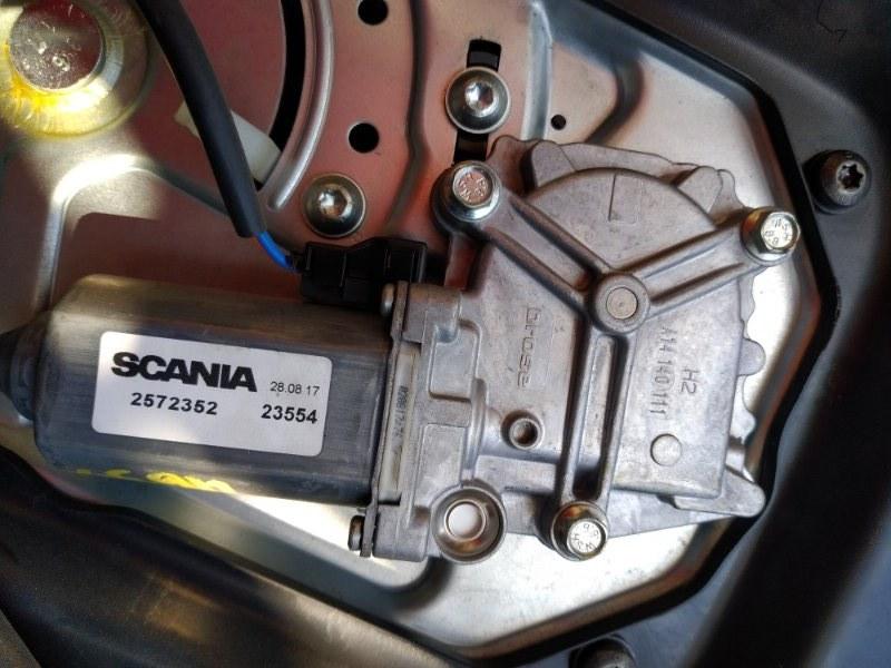 Мотор стеклоподъемника Scania 4 Series R 420 DT12 14 L01 2005 левый (б/у)