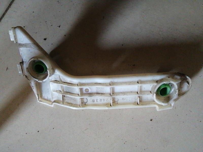 Кронштейн бампера Toyota Noah CR50 задний левый (б/у)