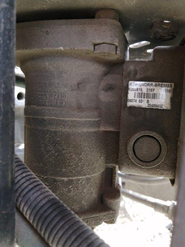 Кран управления тормозами прицепа Volvo Fh12 D12F430 2006 (б/у)