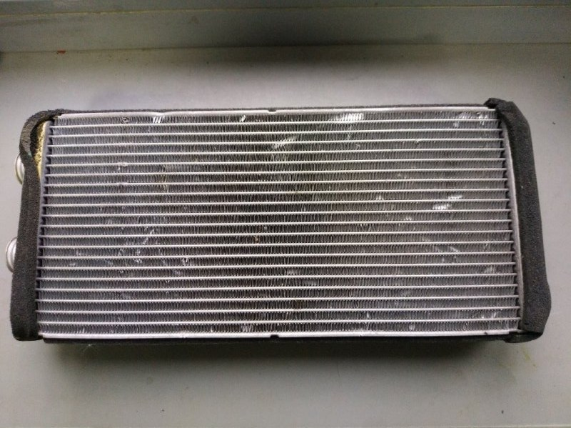 Радиатор отопителя Honda Stream RN1 D17A 2000 (б/у)