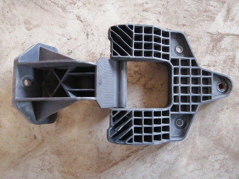 Петля капота Daf Lf45Iv FR 2008 (б/у)