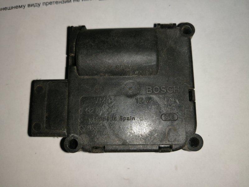 Мотор заслонки отопителя Audi A8 4E2 BGK 2002 (б/у)