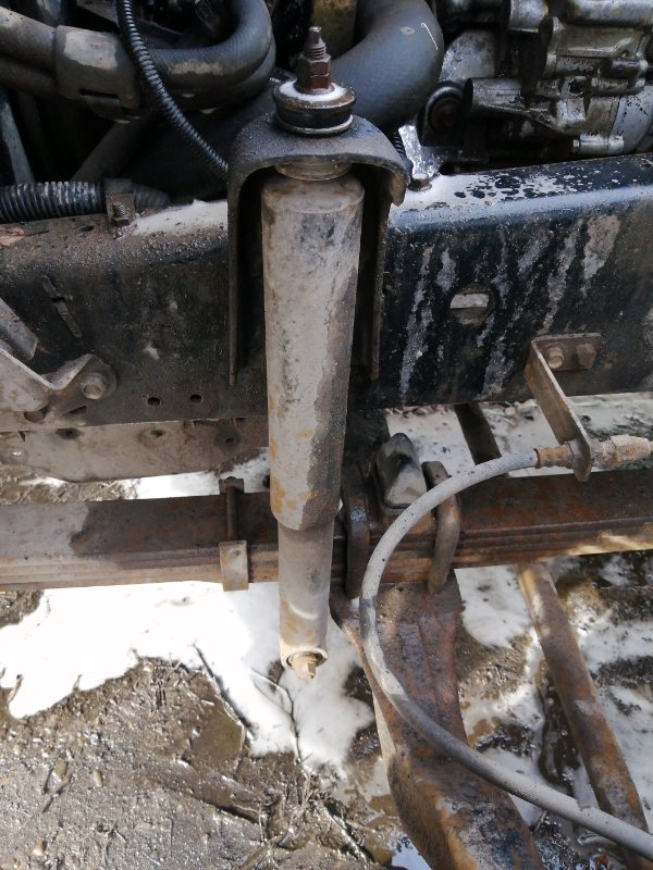 Амортизатор Isuzu Forward 6HE1 1990 передний левый (б/у)