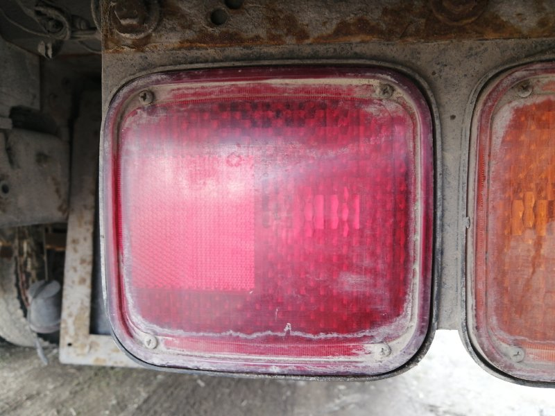 Фонарь задний Isuzu Forward 6HE1 1990 задний правый (б/у)