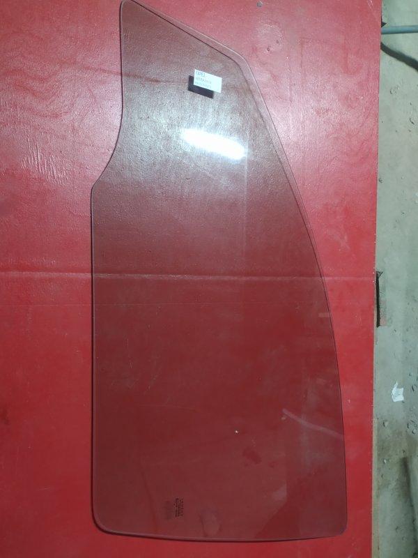 Стекло двери Opel Astra H 2004 переднее левое