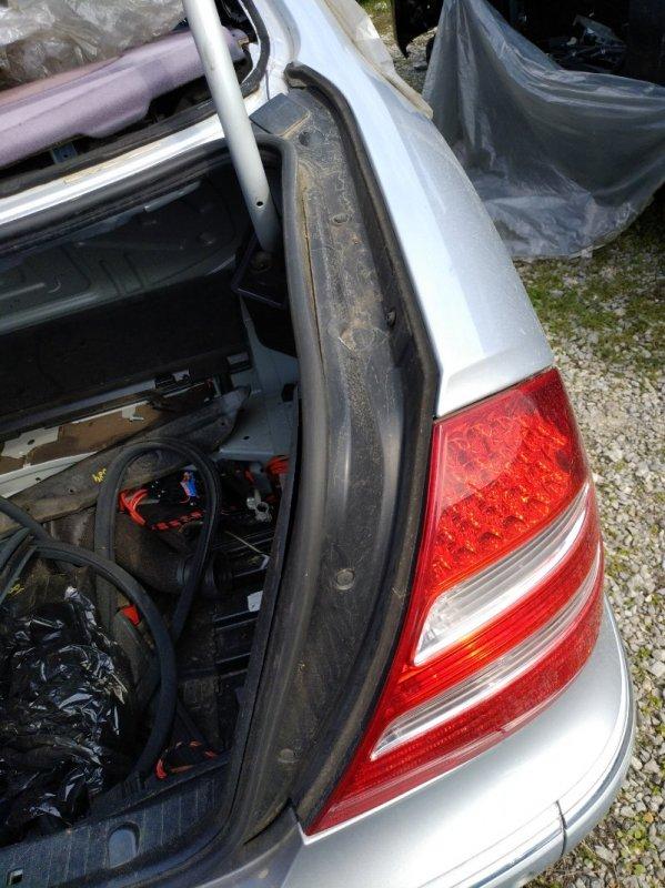 Водосток Mercedes Benz E 350 W211 272964 2005 задний правый (б/у)
